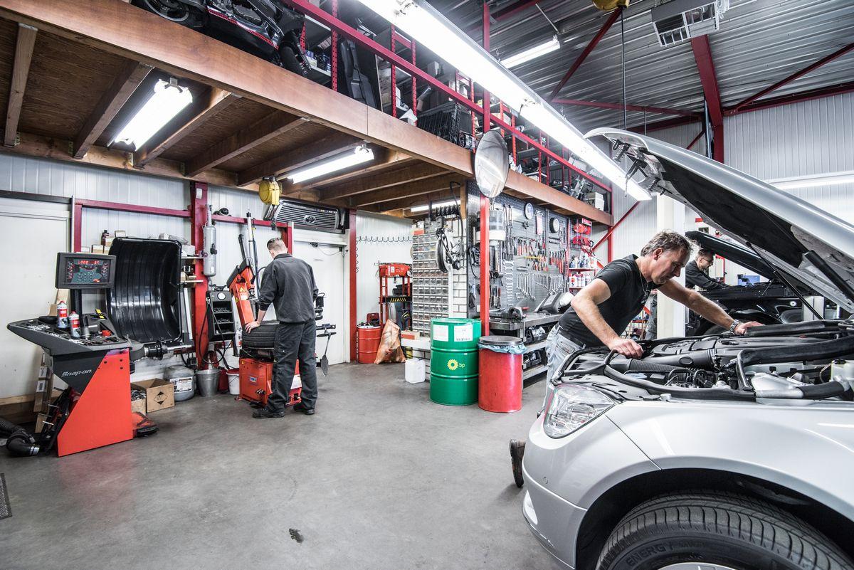 Autobedrijf van dijk for Autobedrijf avan